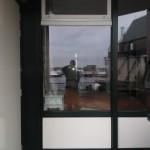 Aangepast kozijn door toepassing van raam voor ventilatie
